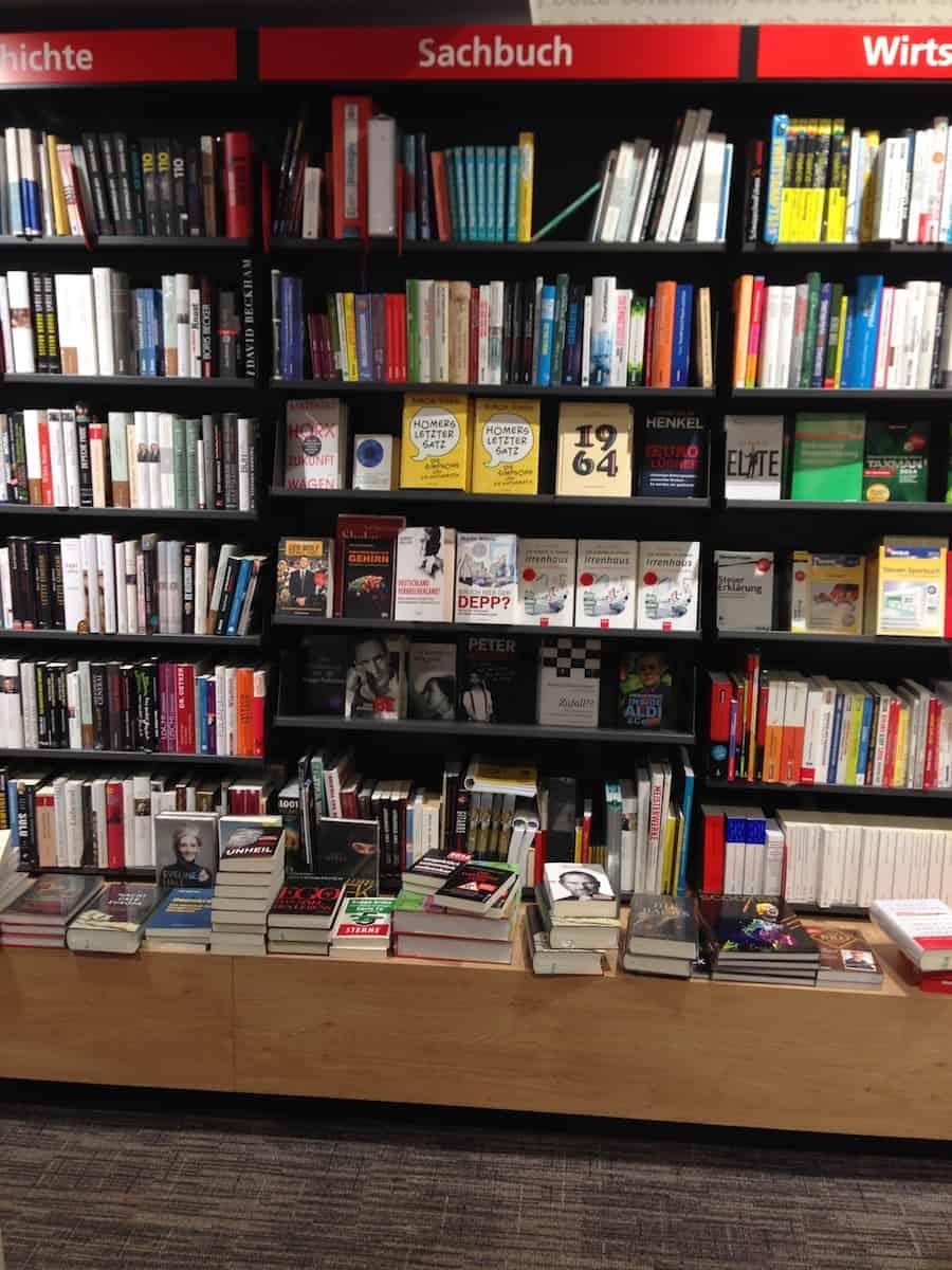 Sachbuch im Buchhandel